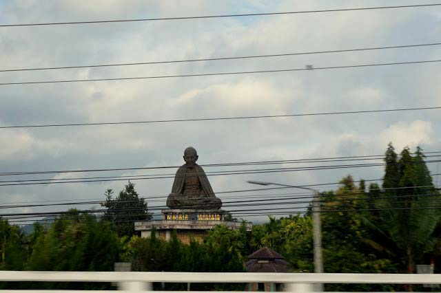 Chiang Rai Giant Statue