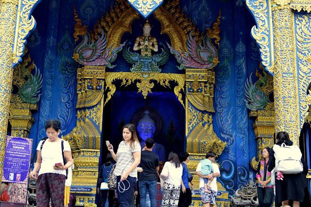 Wat Rong Seur Ten (Blue Temple)