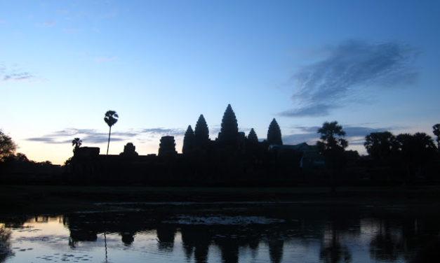 Angkor Wat Walking Tour