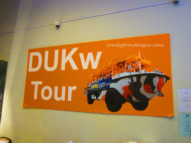 Singapore Once More: Riding the DukWTour
